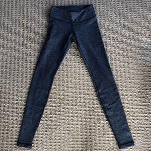 Lululemon herringbone winder under leggings size 4